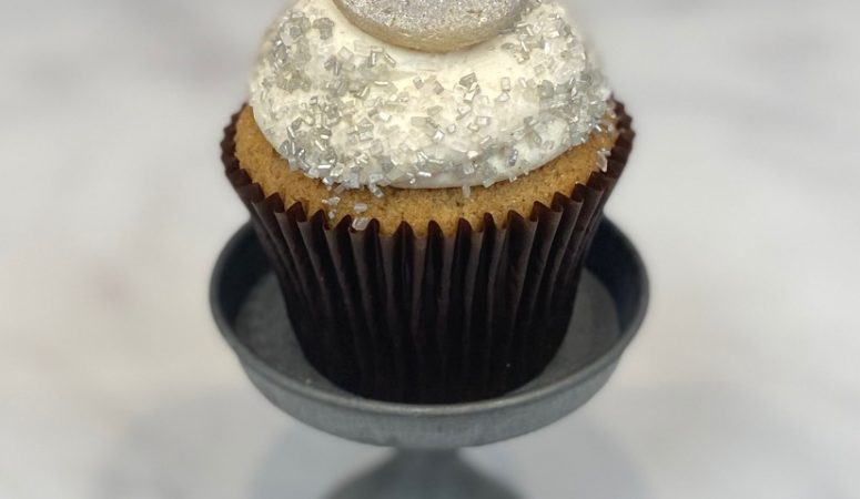 Start the New Decade on a SWEET Note with Our New Year's Cupcake Specials!